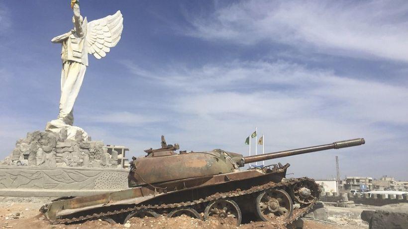 Siria: 24 muertos dejó explosión de coche bomba contra evacuados en Alepo