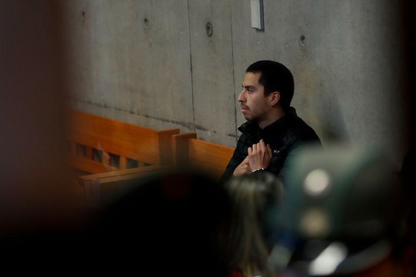 Decretaron prisión preventiva para estudiante que empujó a fiscalizadora del Transantiago