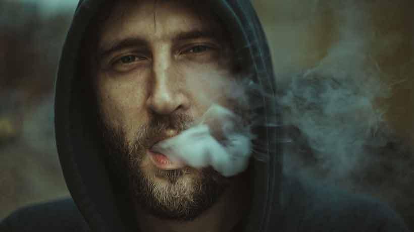 Estudio plantea que fumar puede aumentar la sensibilidad ante el estrés