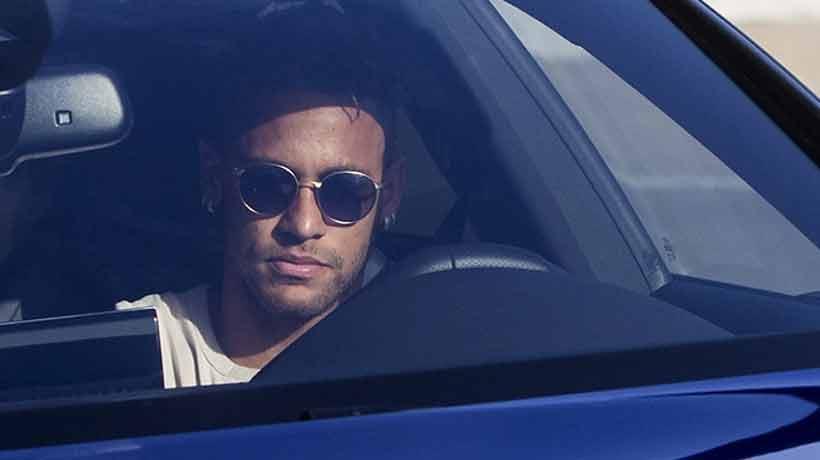 Neymar comunicó al Barcelona su decisión de abandonar el club