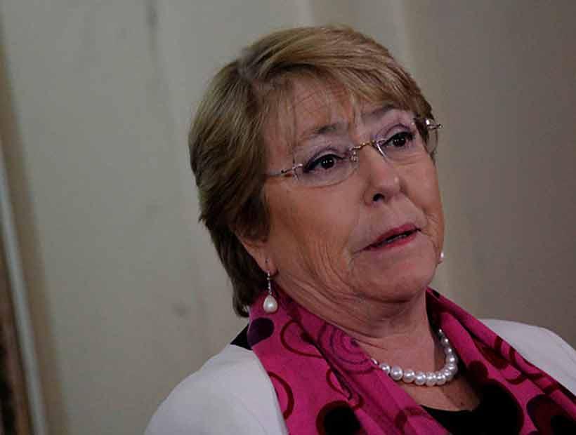 Bachelet envió mensaje de solidaridad a México por terremoto