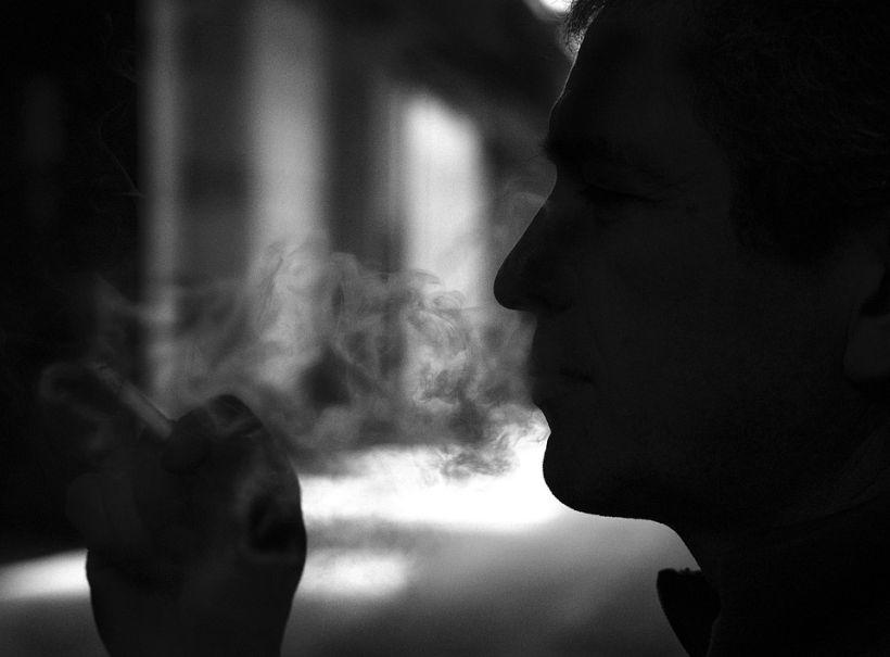 Estudio reveló que desde 2003 a la fecha el consumo de tabaco bajó de 43% a 33%