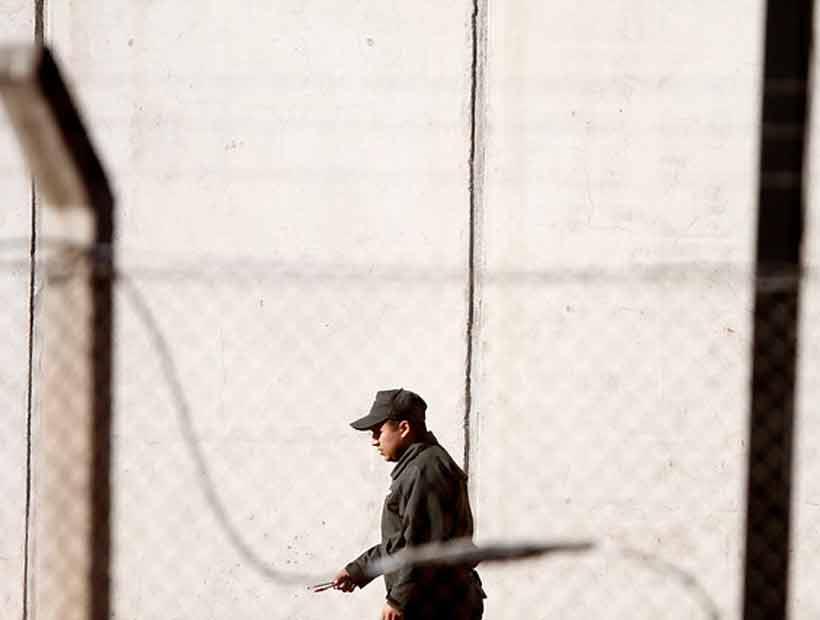 Gendarmes requisaron más de 17 mil teléfonos desde las cárceles