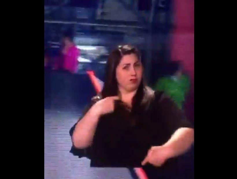 [VIDEOS] Intérprete de señas otra vez se robó la película en la inauguración de la Teletón
