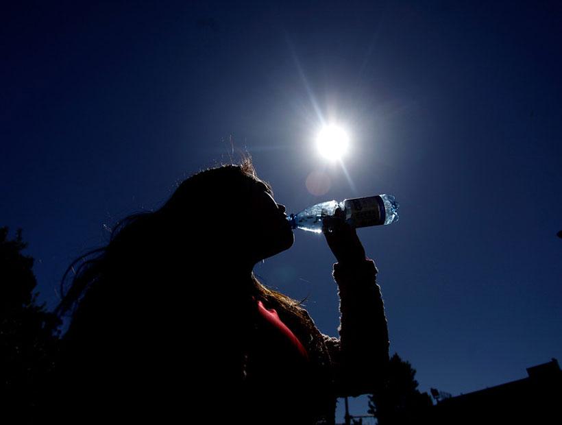 Conoce cómo hidratar tu cuerpo si no te gusta beber agua