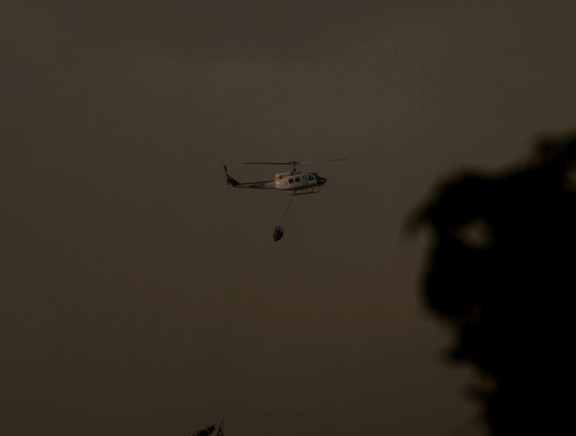 Declararon Alerta Roja por incendio forestal cercano a sectores habitados en Las Cabras