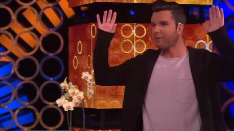 Ahora Kramer sorprendió imitando a Ricky Martin