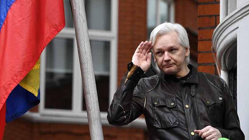 Ecuador le otorgó la ciudadanía a Julian Assange