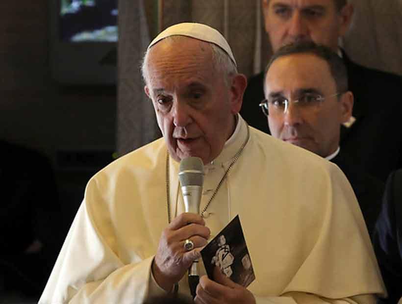 Vaticano advirtió que gira del Papa a Chile y Perú