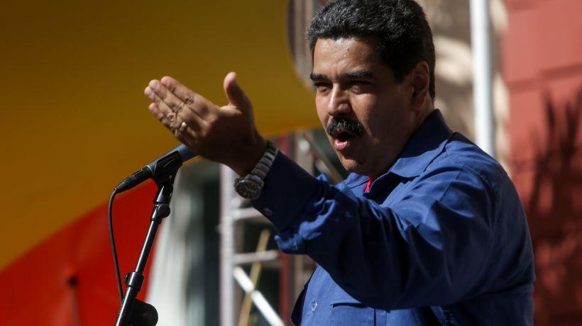 Parlamentarios rechazan presencia de Nicolás Maduro en el cambio de mando