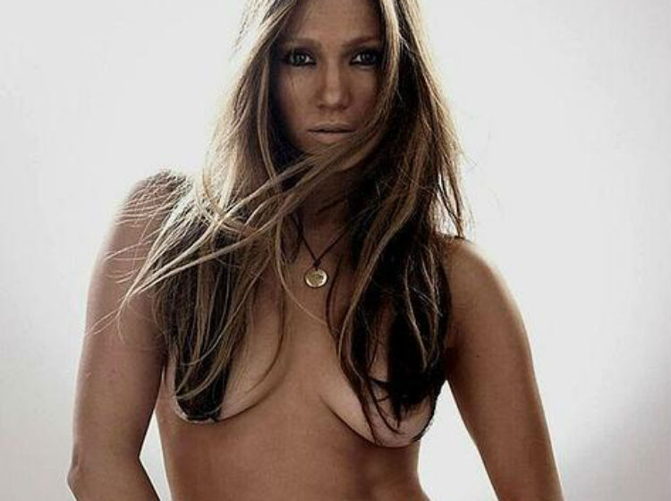 Jennifer lopez topless in movie